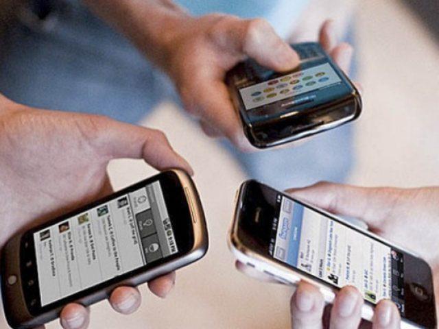 Especialista aponta sete tendências de redes sociais e smartphones em 2013