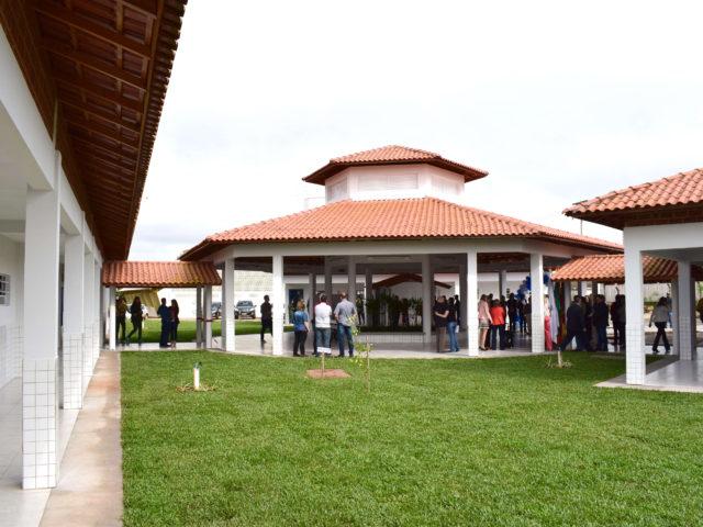 Escola Amália Kerber ganha novo prédio