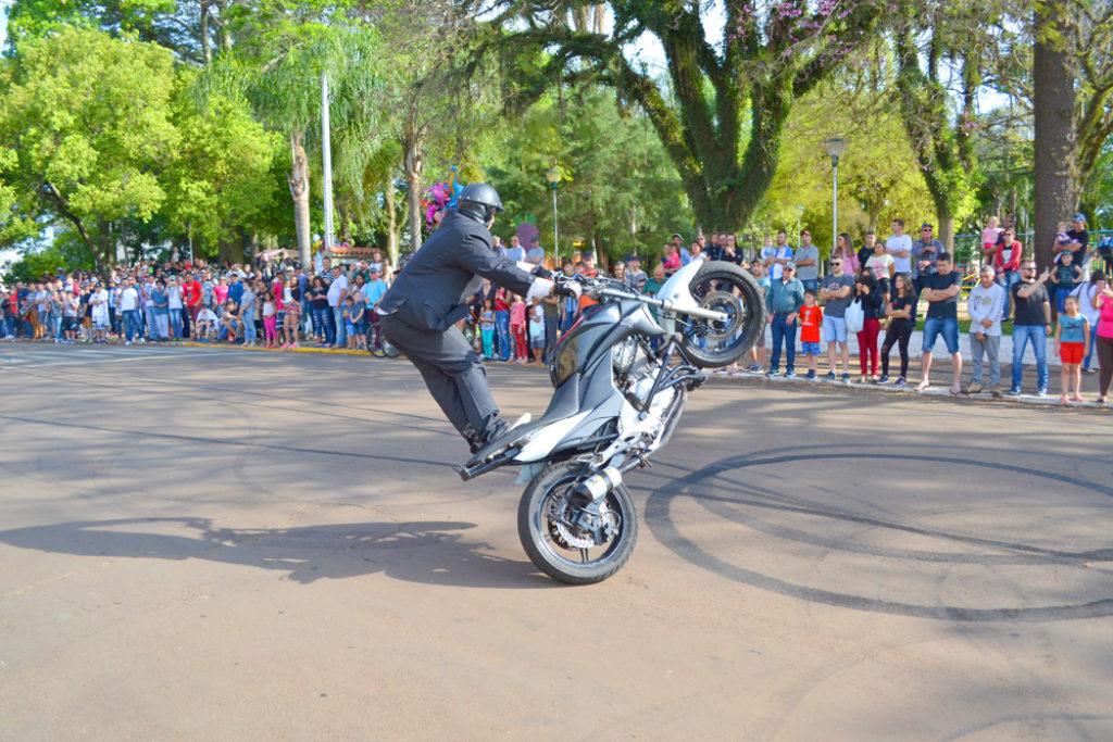 Anônimo´s sedia 8º Encontro de Motociclismo