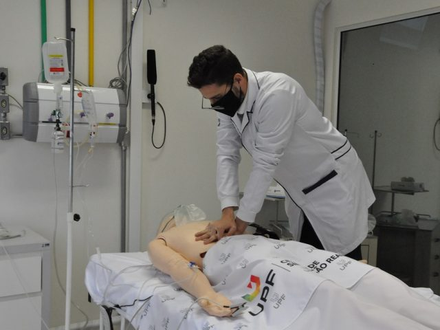 UPF está com inscrições abertas para cursos de certificação internacional na área da saúde