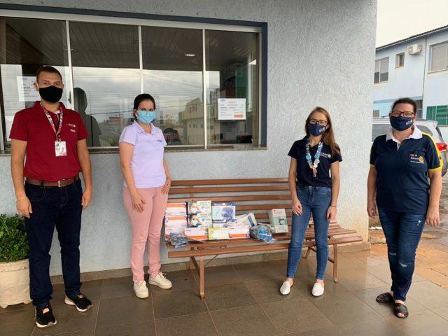 Rotaract e Interact de Não-Me-Toque realizam entrega de EPI's para o Hospital Alto Jacuí