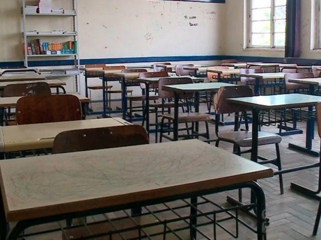 Presidente Voltaire indefere pedido e mantém a suspensão das aulas presenciais nas escolas