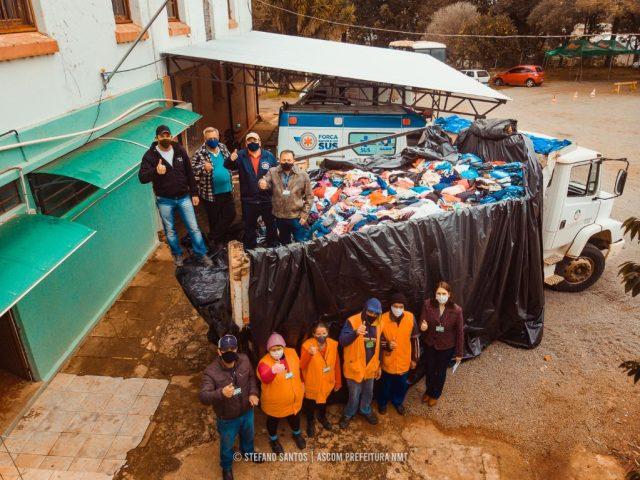 Poder Executivo de Não-Me-Toque doa 6 mil peças de roupas para o município de Lagoão