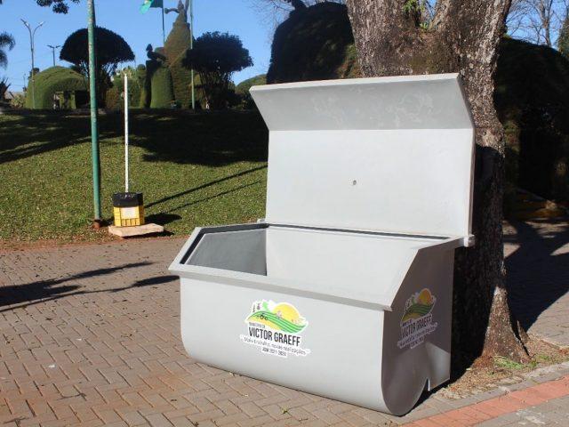 Victor Graeff investe na instalação de containers de lixo