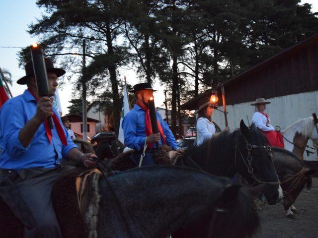 Desfile de cavalaria encerra atividades dos Festejos Farroupilhas no domingo