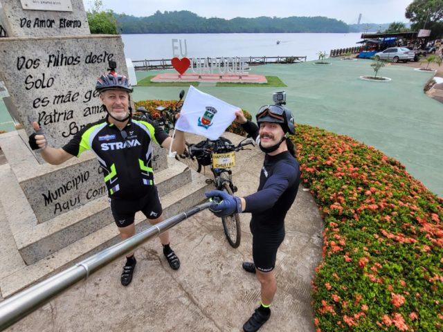 Tio e sobrinho iniciam trajeto do Oiapoque ao Chuí de bicicleta