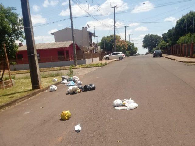 Vereador Charles Morais busca resolver problema da coleta de lixo em NMT
